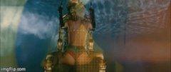 Rihanna twerk 2