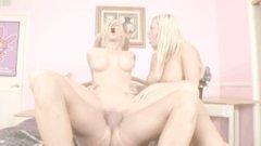 2 Blondes